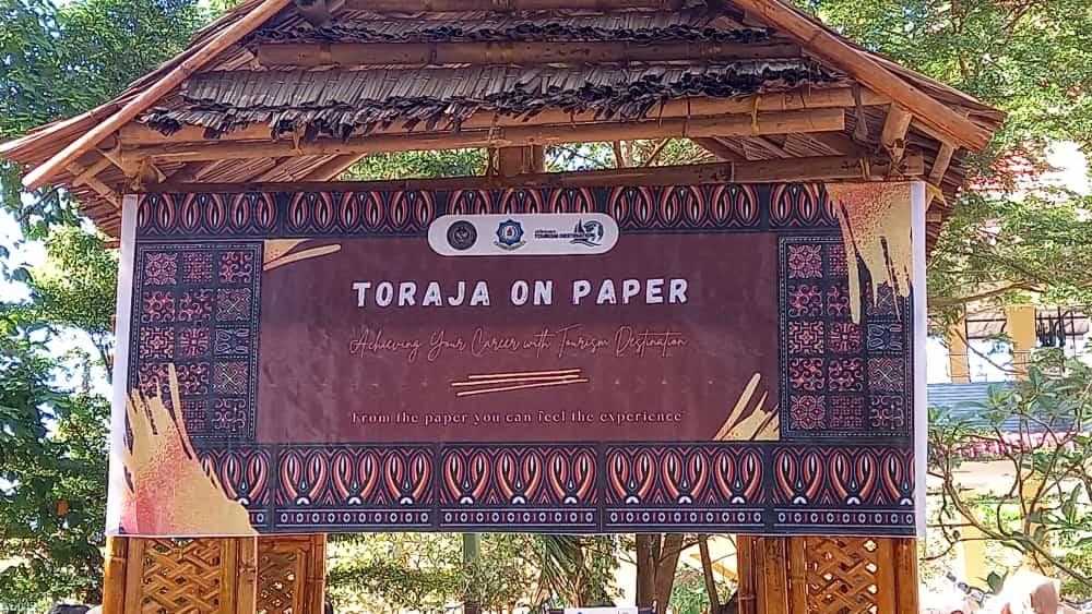 MERASAKAN PENGALAMAN KE TORAJA MELALUI KERTAS, TORAJA on Paper Tourism Management